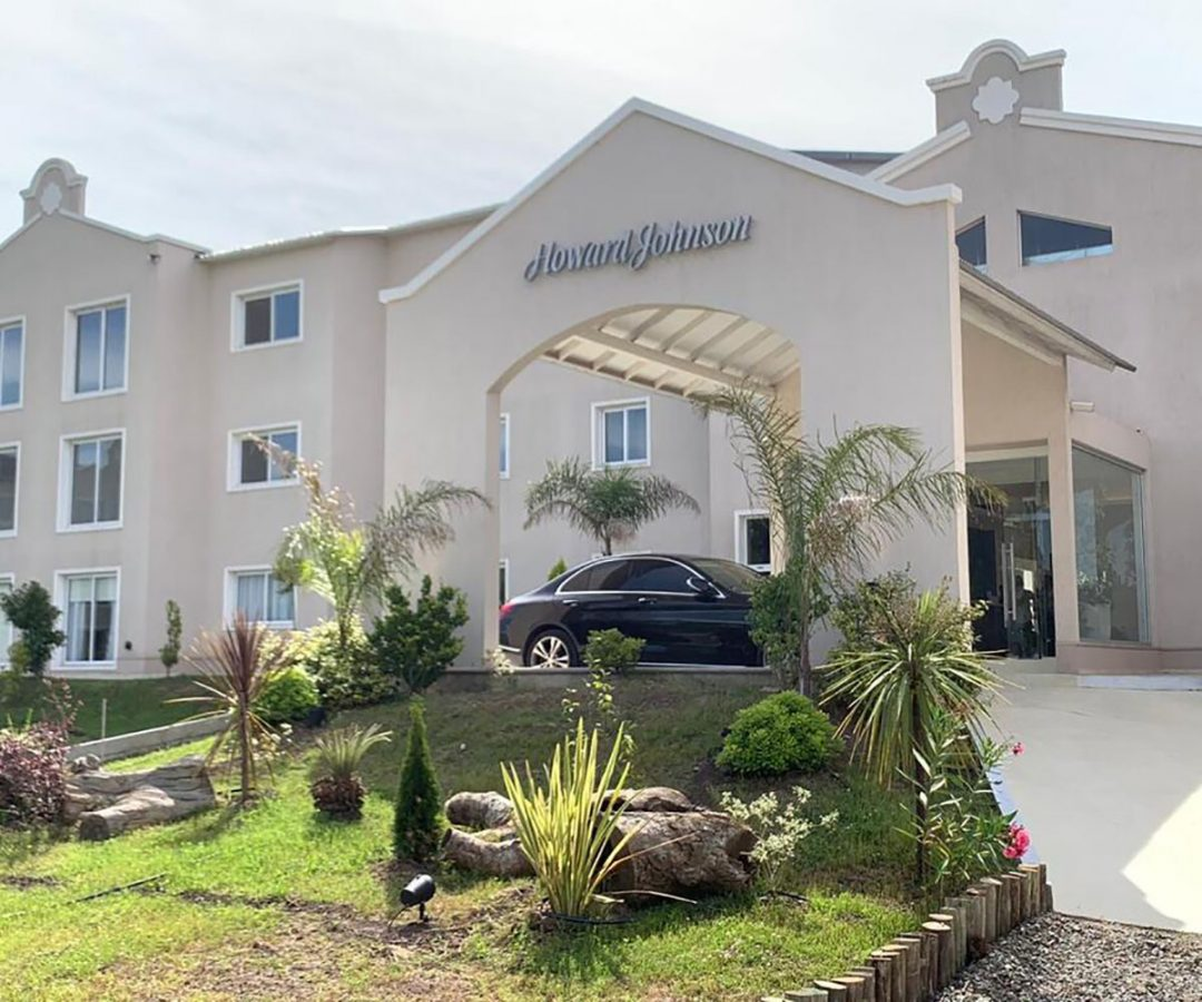 hotelhowardjohnsonlaplata_proyecto_1
